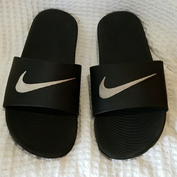 f9132f66271c Nike Shoes - NIKES Slippers